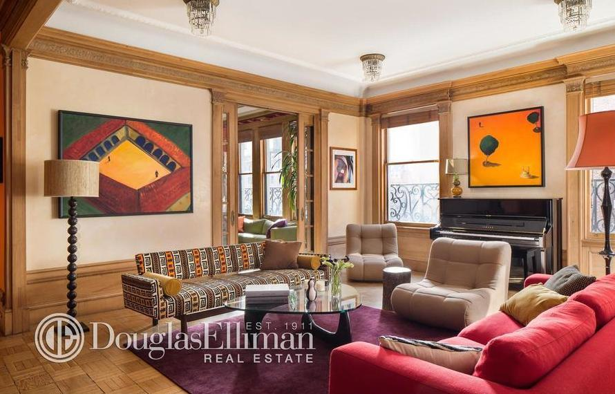Holly Hunter Sells Greenwich Village Apartment For 76 Million But