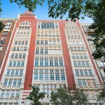 44 West 77th Street, Upper West Side residential buildings, NYC Gothic buildings, Upper West Side real estate