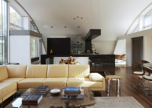 Architect Maziar Behrooz, energy efficient, Green Arc House, airplanes hangars inspiration, East Hampton