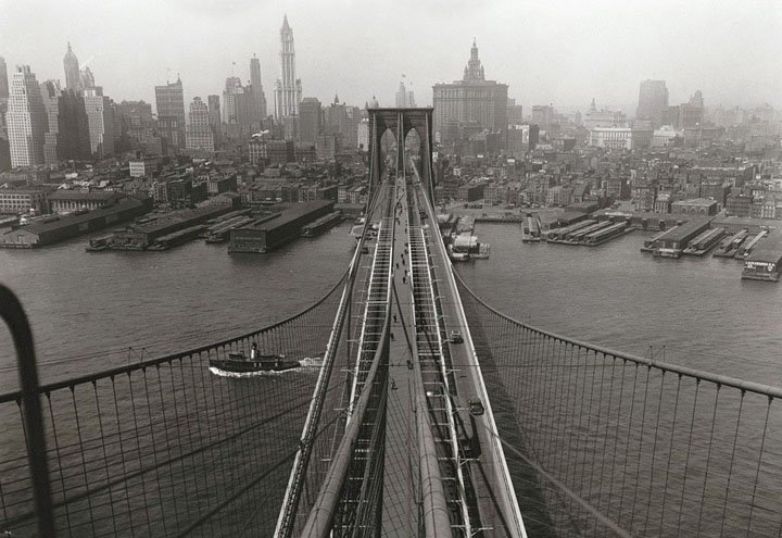 With this incredible shot from on top of the Brooklyn Bridge, you can see parts of the 1933 skyline.
