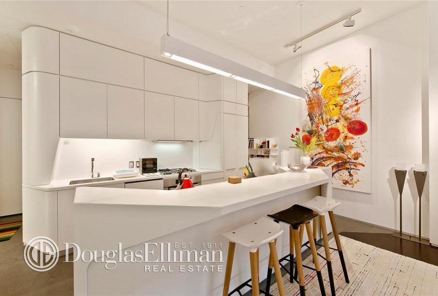 166 Perry Street, 1B kitchen