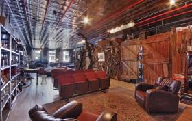 49 Howard St 4S, live/work loft, Soho interior, bizarre home