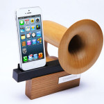 Chinon Legato amplifier, wooden iPhone amplifier, small elegant design, high quality ash wood