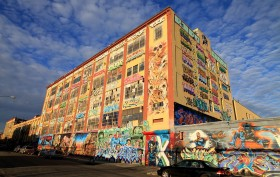 5Pointz, graffiti museum, Long Island City developments, aerosol art