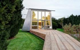 Bates Masi Architects, Andrew Geller, Mothersill, Long Island, wooden boardwalks, Historical beach Buildings, wooden beachouse,