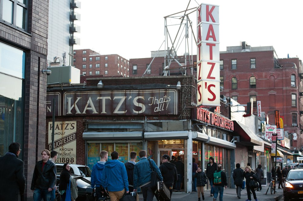 Katz's Delicatessen, Katz's Delicatessen lower east side