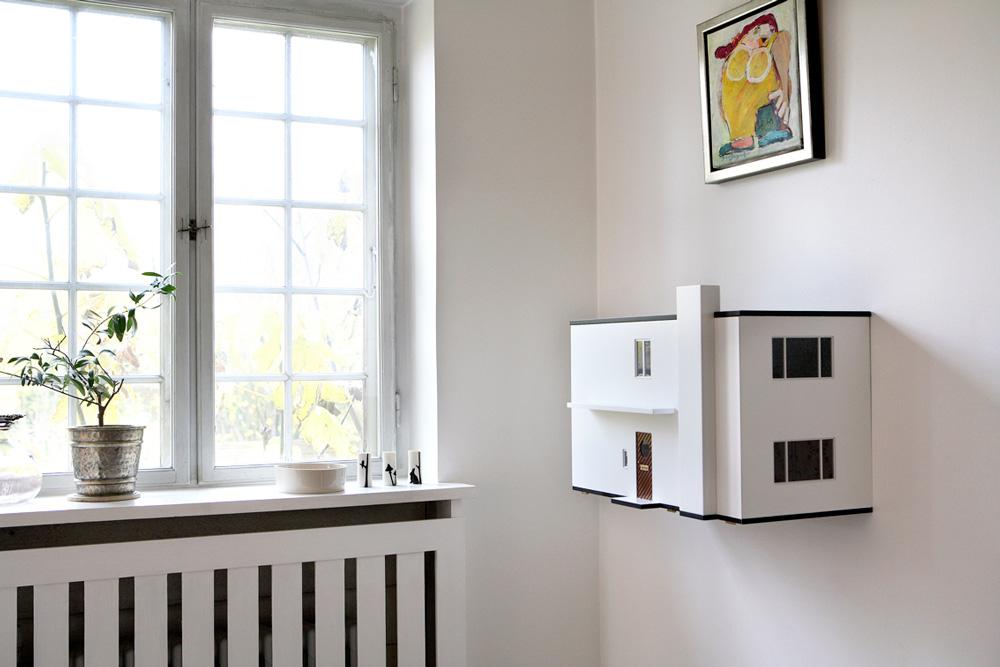 This Arne Jacobsen MiiBoxen Dollhouse Is An 1:16 Replica Of The Architectu0027s  Home