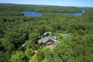 340 Croton Lake Road, Bedford NY, Bruce Willis, New York celebrity real estate