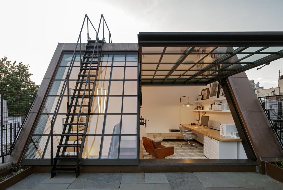 Greenwich village townhouse boasts cool rooftop office 6sqft for Best garden office buildings