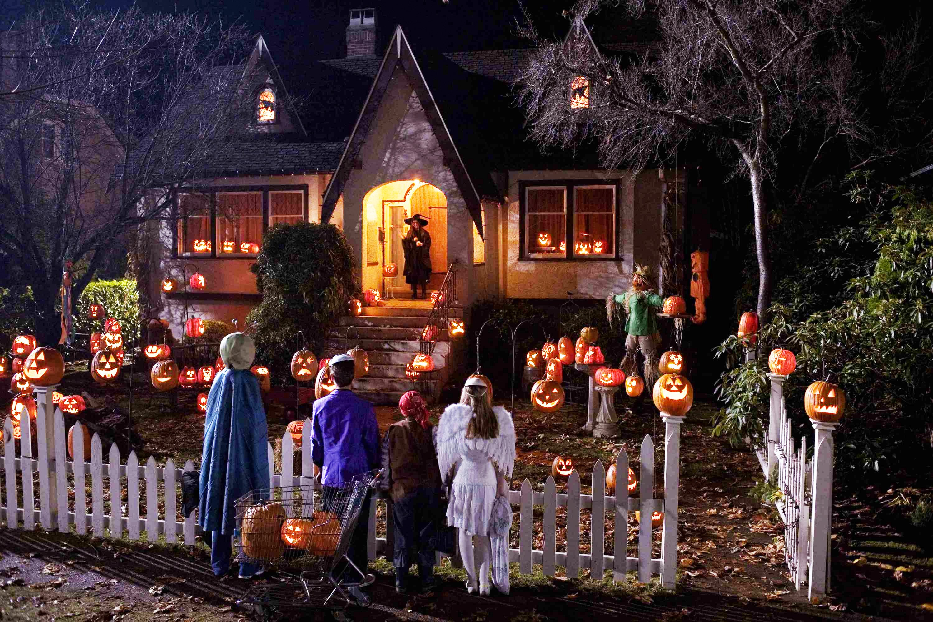 NYC trick-or-treat: The best neighborhoods for sweets and scares