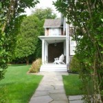 Renee Zellweger, Hamptons real estate. 30 Egypt Lane, NYC real estate