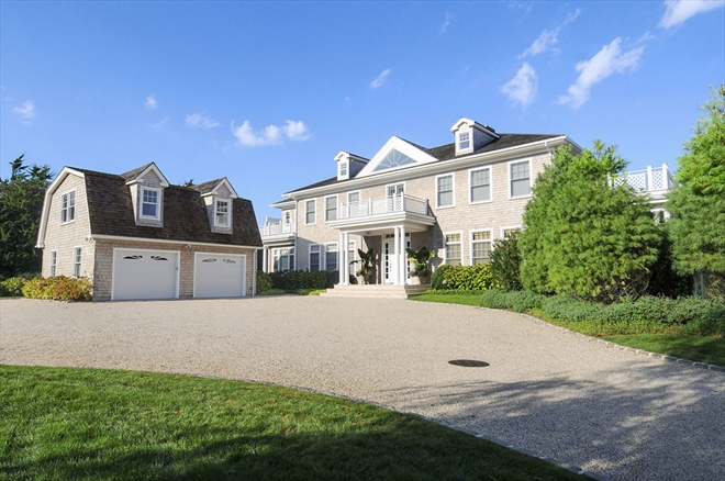 Jason kidd sells hamptons mansion for 7 1m 6sqft for Mansions in the hamptons for sale
