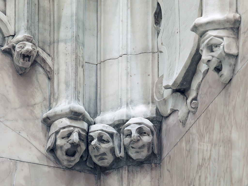 cass gilbert sculpture, cass gilbert woolworth building, cass gilbert sculptures, woolworth building sculptures, faces of the woolworth building