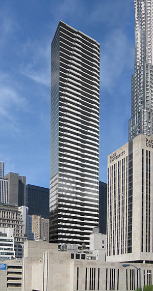 Lightstone Group , SLCE, Aqua tower, New York apartments, terraces