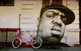 biggie mural in bed stuy on franklin avenue