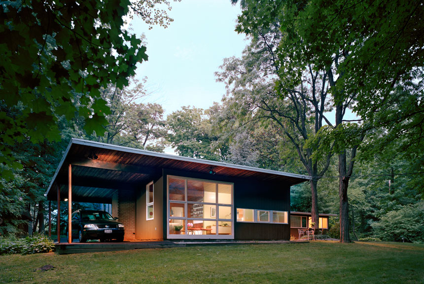 Tour Andrew Franz\'s Mid-Century Modern Glass-Walled Hideaway in ...