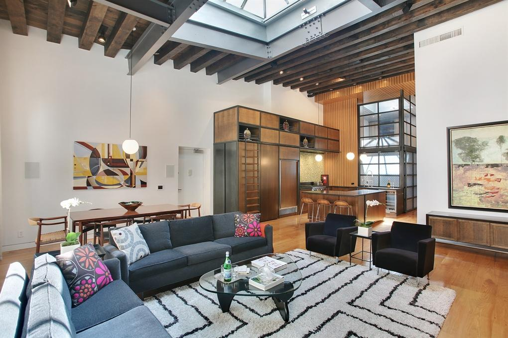 4 4 million greenwich village loft dazzles with two for Townhouse with garage nyc