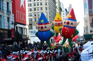macys thanksgiving day parade, macy's elves