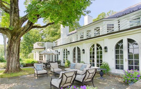 541 Guard Hill Road, Michael Douglas, Catherine Zeta-Jones, bedford new york, bedford new york real estate, bedford new york homes