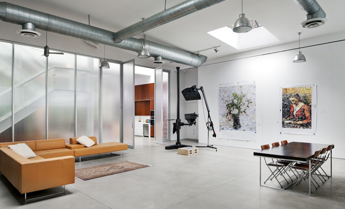 BWArchitects\'s Artist Loft Juxtaposes a Gritty Brooklyn Warehouse ...