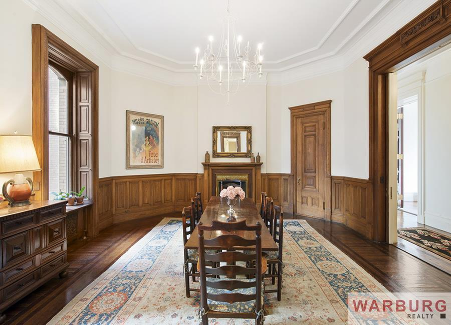 1 west 72nd street, lauren bacall, The Dakota, lauren bacall dakota home, lauren bacall real estate