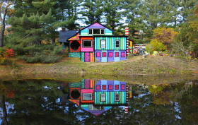 katwise, kat o'sullivan, cartoon barn, cartoon home woodstock new york, crazy artist house woodstock