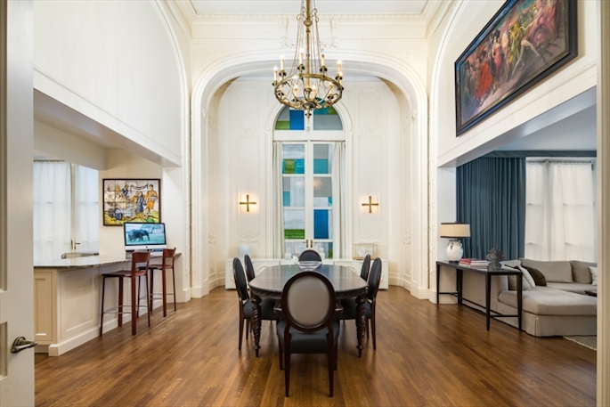 Dennis mehiel re lists carhart mansion condo asking 35 for 95th street salon