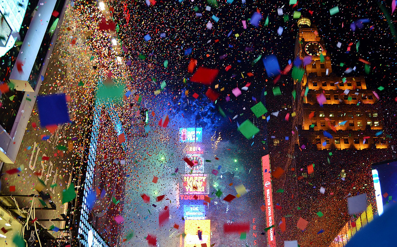 times square confetti falling times square crowd times square new years eve