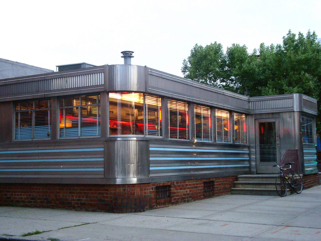 wythe relish diner williamsburg in brooklyn