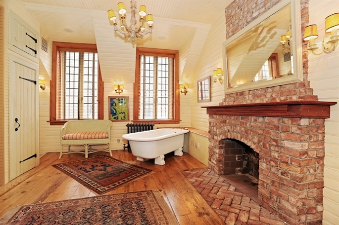 105 West 11th Street, Keith McNally restaurateur, French country-style kitchen