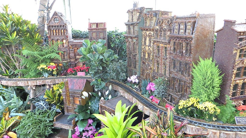 NYBG Holiday Train Show