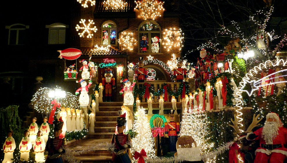 Where to See the Best Lights in NYC this Holiday Season 6sqft