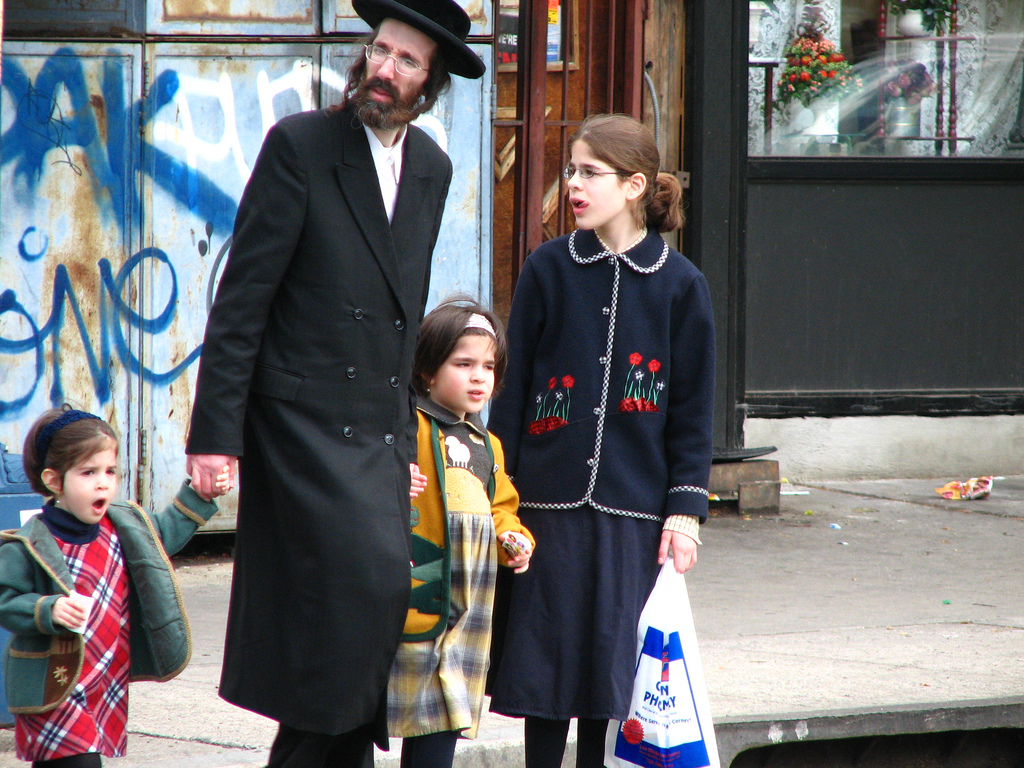 Walk This Way How Observant Jews Shop For Real Estate With The