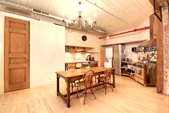 136 West 24th Street, renovated loft with flexible layout, exposed brick and original details
