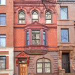140 Manhattan Avenue, Harlem brownstone, Doctor's Row