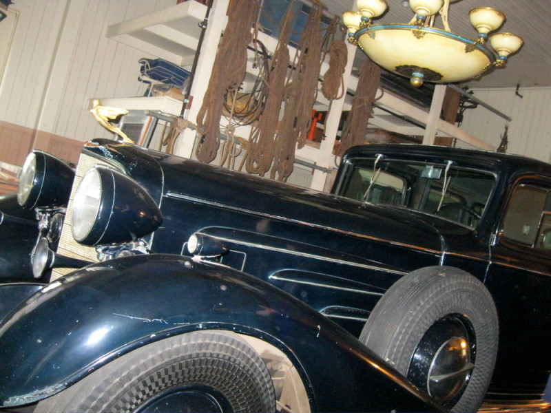 Huguette Clark, Bellosguardo, Empty Mansions, Heiress, Bill Dedman, Chrysler Royal Eight converitible, 1933 Cadillac V-16 seven-passenger limousine