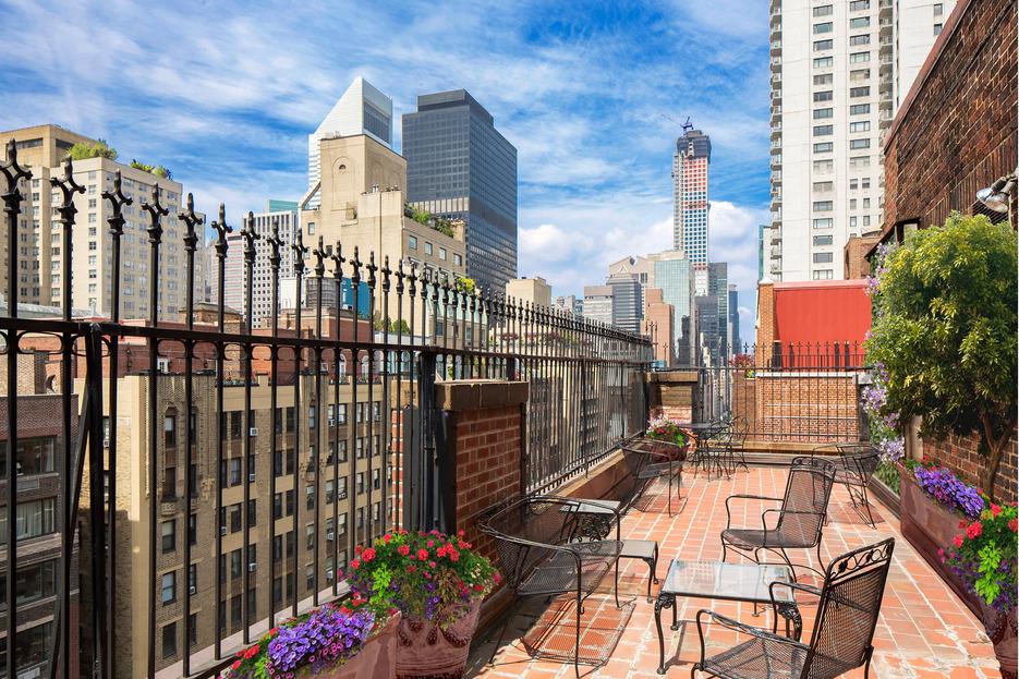 345 East 57th Street, wraparound terrace, enclosed solarium