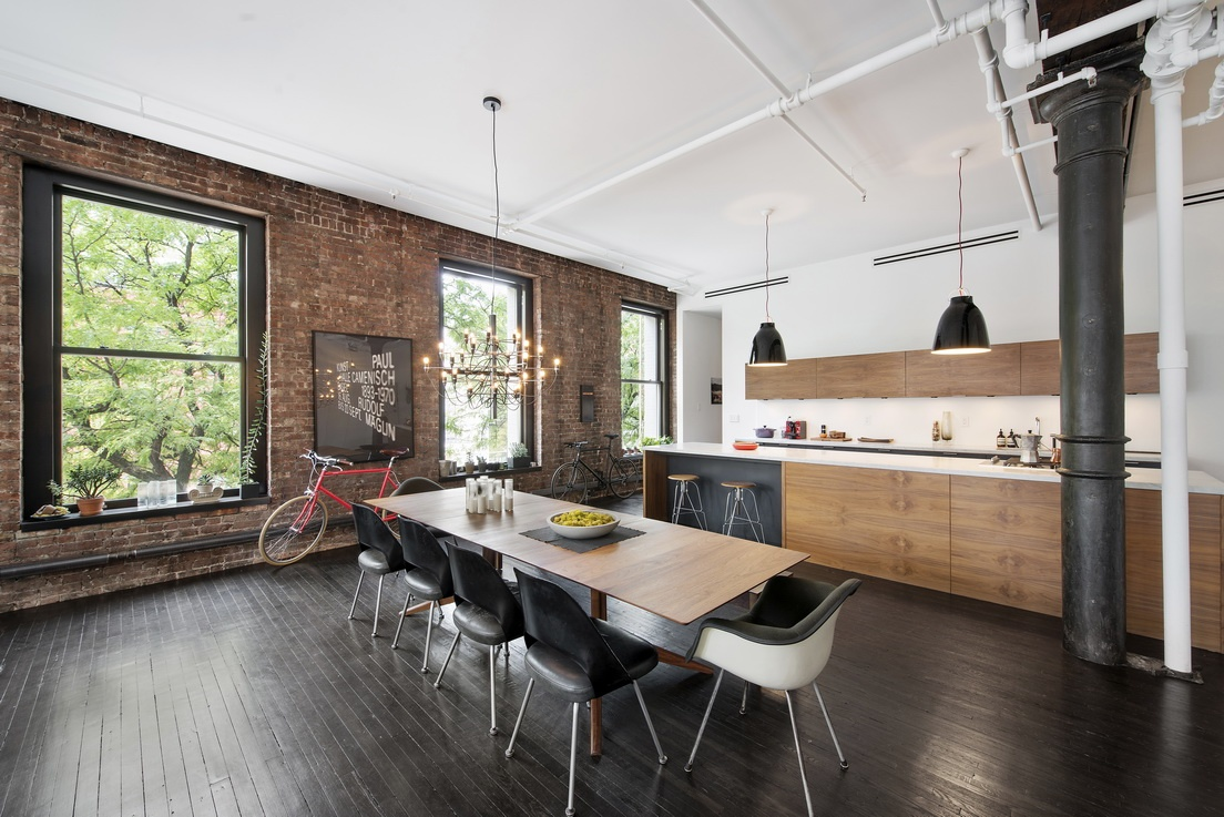 Soho loft featured in magazines asks 23k month 6sqft for Loft soho new york