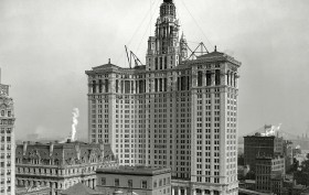 Manhattan Municipal Building, McKim Mead and White, Civic Fame statue