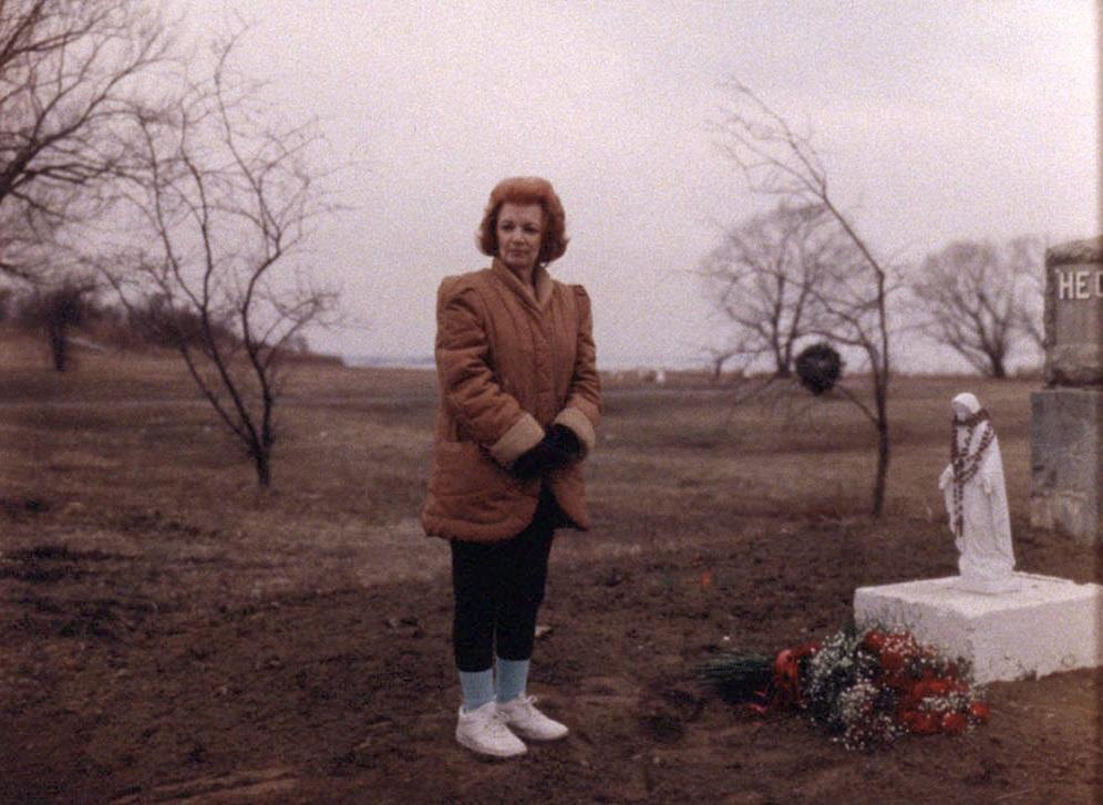 Hart Island, Hart Island Project, Melinda Hunt, mass burials, NYC cemetery, Vicky Pavia