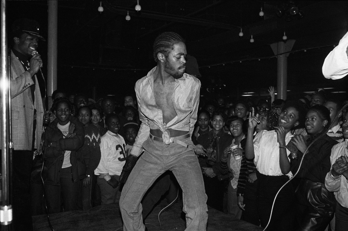 Joe Conzo,  hip hop nyc 1980s, hip hop photos, historic hip hop photos