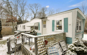 Trailer Homes, hamptons real estate, hamptons trailer home, million dollar trailer homes, million dollar homes hamptons