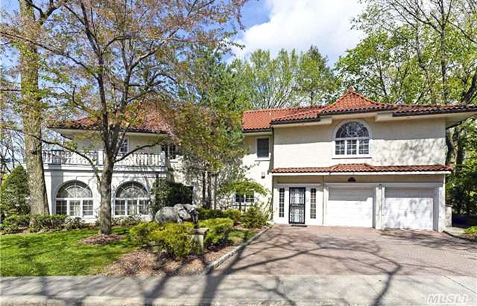 6 Gateway Drive, Great Neck real estate, Long Island Gold Coast, F. Scott Fitzgerald, The Great Gatsby