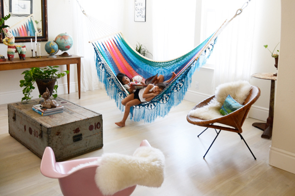 bedroom hammocks. VIEW PHOTO IN GALLERY Find Ultimate Relaxation with Indoor Hammocks  The Reason Why the