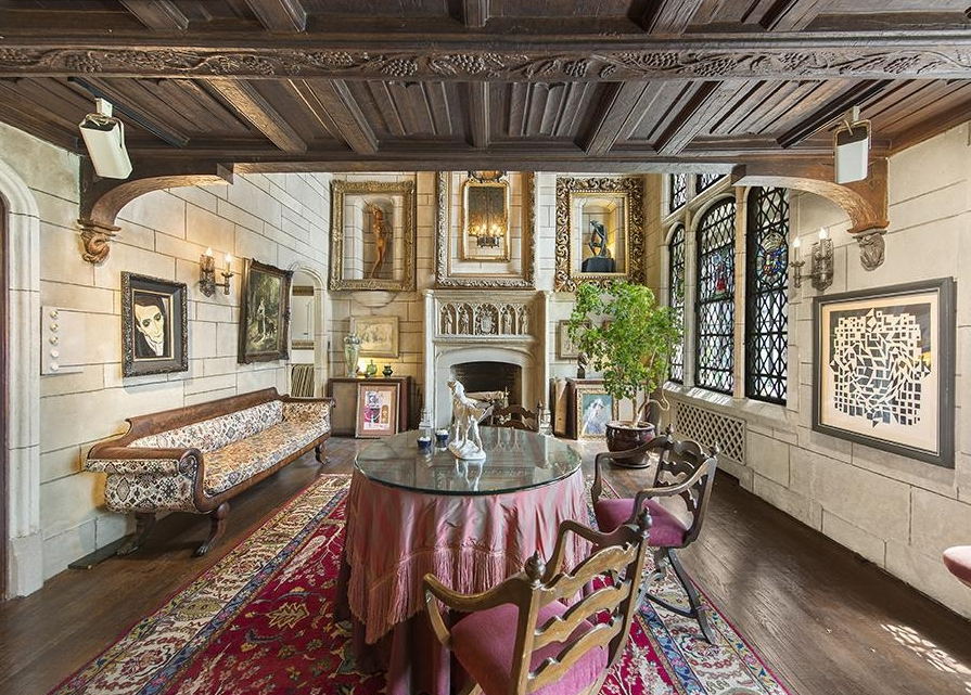 Gorgeous gramercy park chateau looks fit for royalty 6sqft for Gramercy park nyc apartments