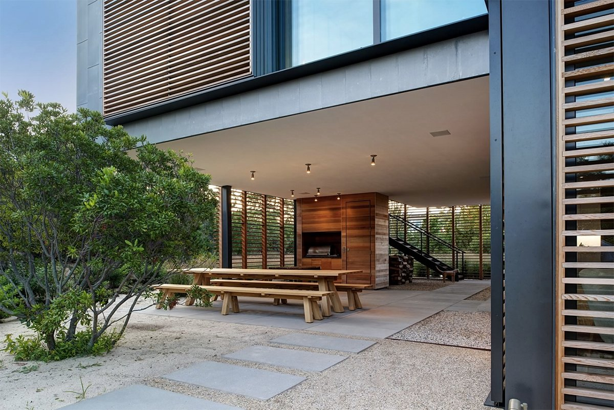 louvered 'shore house' is a contemporary beauty along the