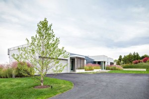 Workshop/APD, crafted modern home, Hudson Views, renovated barn, Andrew Kotchen, Briarcliff Manor, glazed facade, Hudson river