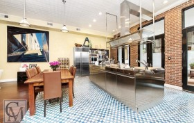 4 Centre Market Place, Cortney and Robert Novogratz, NYC bachelor pad, Little Italy townhouse, Bradley Zipper