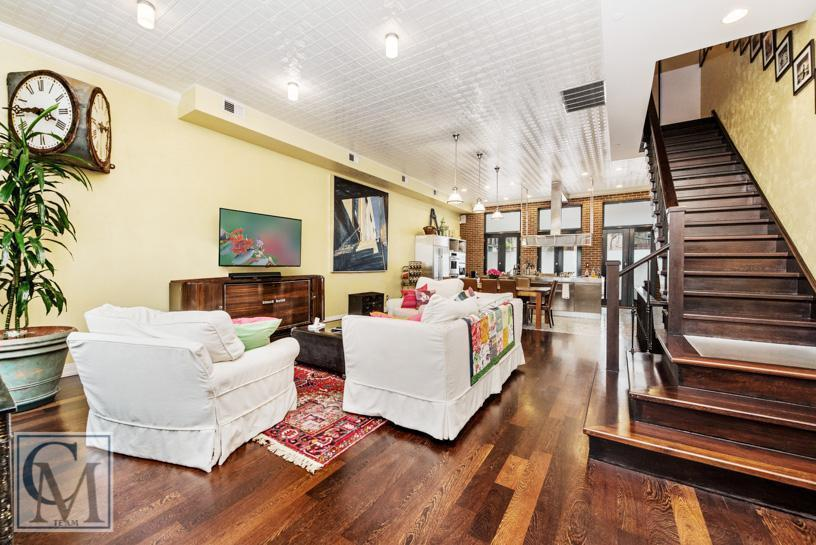 4 Centre Market Place, Cortney and Robert Novogratz, NYC bachelor pad, Little Italy townhouse, Bradley Zipper