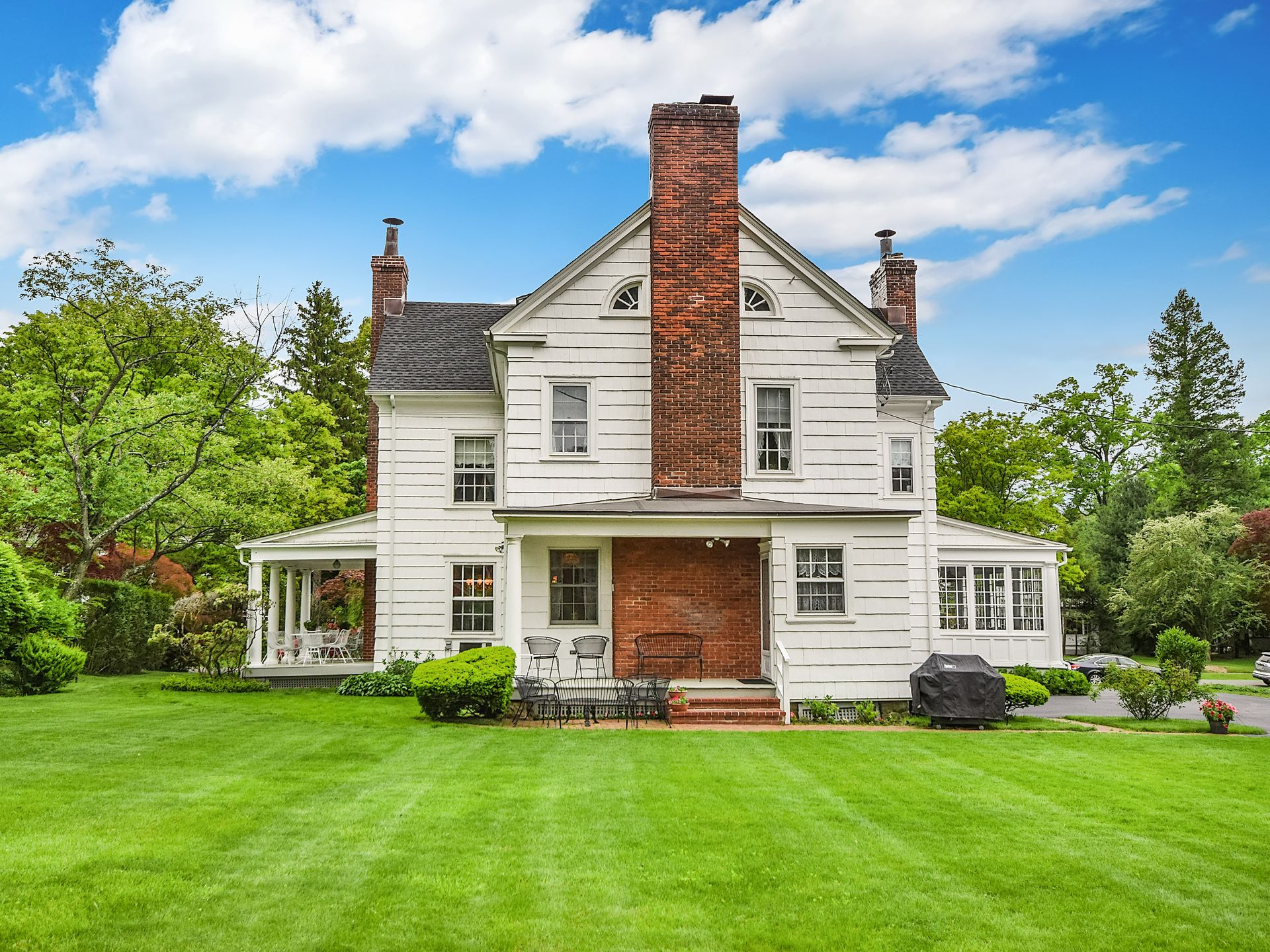 90 Forest Avenue, New Rochelle real estate, Mad Men real estate, Mad Men Ossining house, Don and Betty Draper house